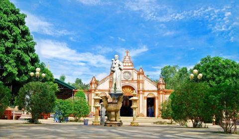 Giới thiệu Đền Thánh Antôn, Linh địa Trại Gáo - Giáo phận Vinh
