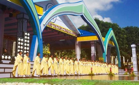 Truyền hình trực tiếp Thánh lễ Truyền chức Linh mục tại Giáo phận Vinh (14/11/2016)